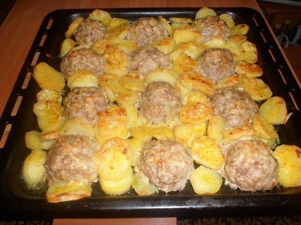 Что приготовить в духовке из фарша и овощей