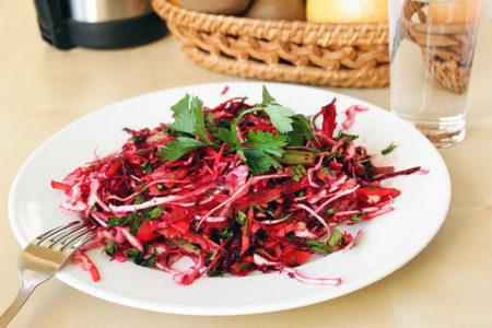 Salat-Metelka-dlya-ochishheniya-kishechnika