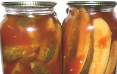 ogurtsy-s-ketchupom-chili-na-zimu-v-litrovykh-bankakh-4