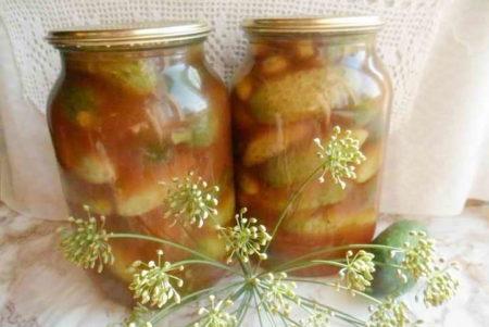 ogurtsy-s-ketchupom-chili-na-zimu-v-litrovykh-bankakh-6