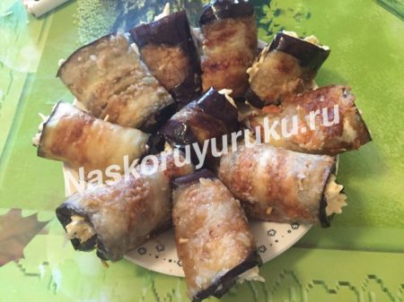 recept-ruletikov-iz-baklazhanov-s-syrom-i-chesnokom